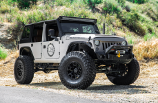 Jeep Wrangler на дисках BLACK RHINO OVERLAND