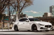 Maserati Ghibli на дисках LEXANI WRAITH