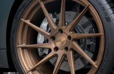 Audi R8 V10 на дисках Avant Garde M621 R20