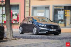 Mercedes A-Class (W176) на дисках VOSSEN CVT