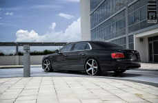 Bentley Flying Spur на дисках Concavo CW-5