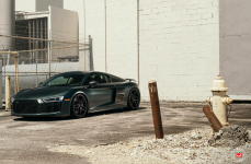 Audi R8 на Дисках VOSSEN FORGED HC-2