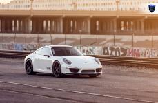 Porsche Carerra 911 на дисках Rohana RFX5