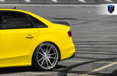 Audi S4 на дисках Rohana RF2 Brushed Titanium