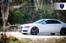 Audi S5 на дисках Rohana RC22