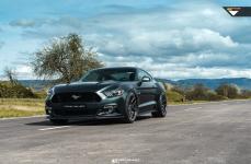 Ford Mustang на дисках Vorsteiner V-FF 101