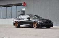 BMW F82 M4 на дисках Avant Garde M621 20